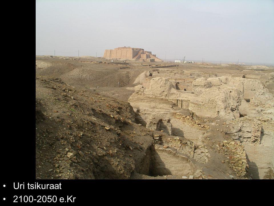 Uri tsikuraat 2100-2050 e.Kr