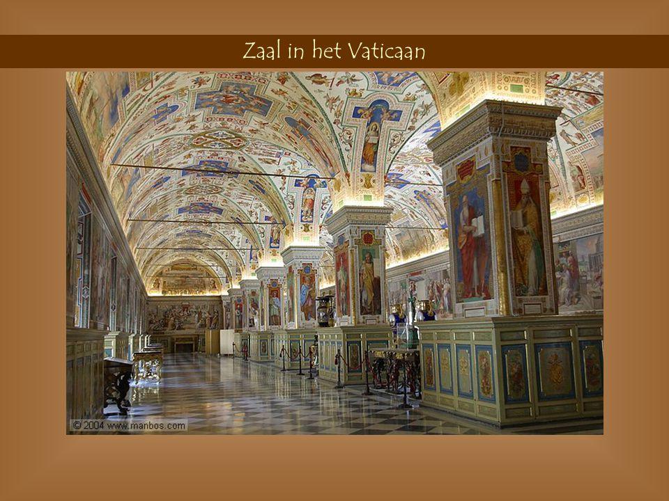 Roltrap in het Vaticaan