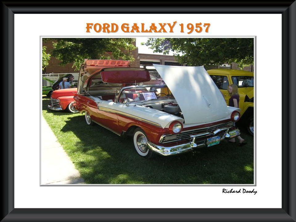 Ford galaxy 1957