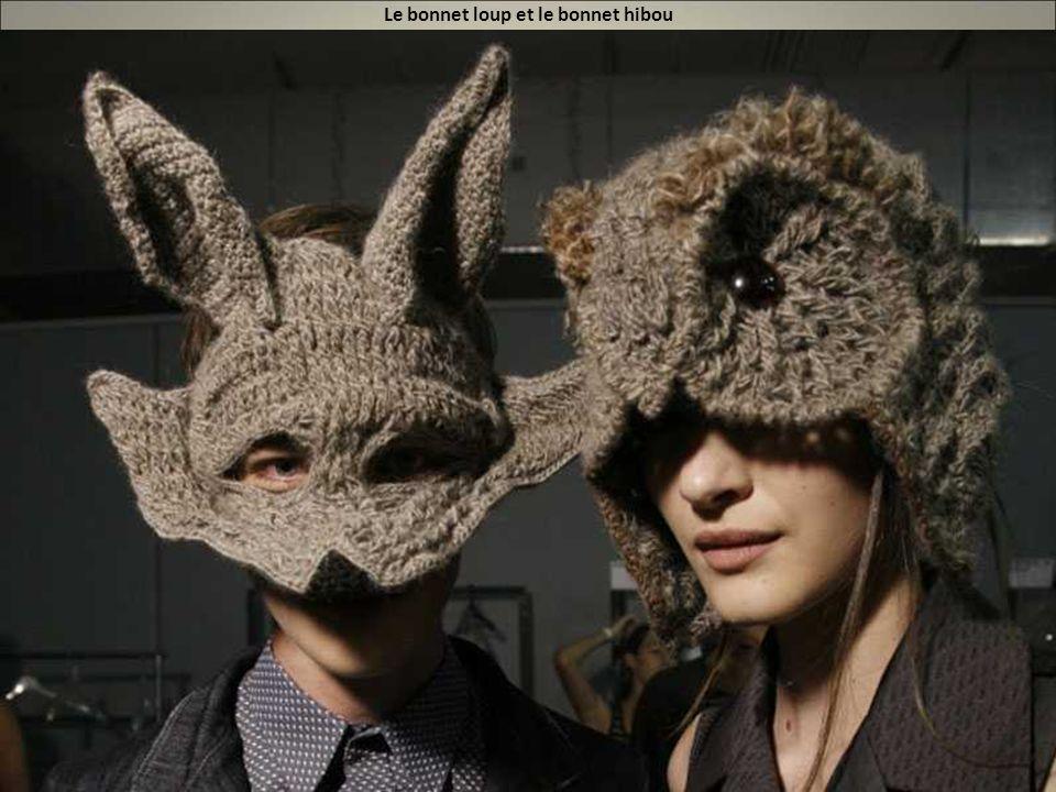 Le bonnet loup et le bonnet hibou