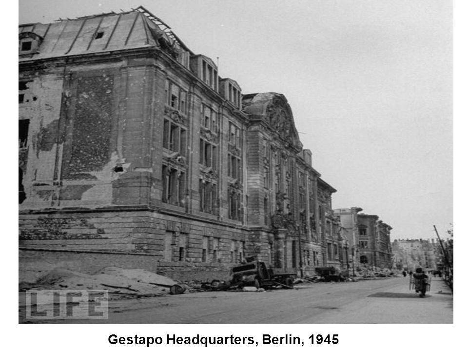Berlin Burns, 1945