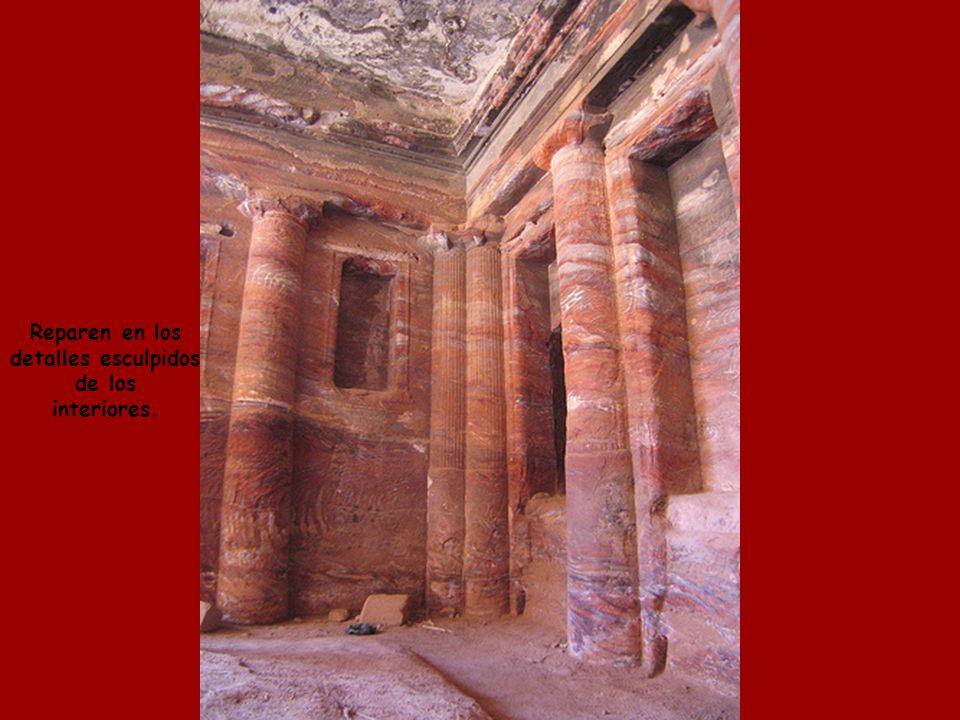 Petra fue utilizada para la escena final de las películas Indiana Jones y La Ultima Cruzada.