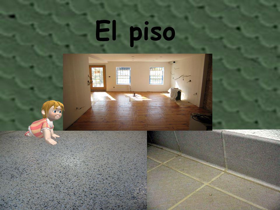 El períodico Señora Kauper s Spanish classes