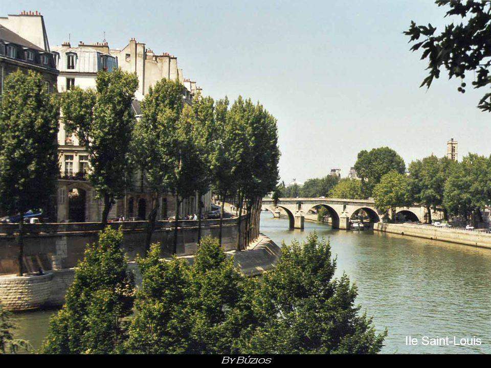 Vaux-le-Vicomte By Búzios