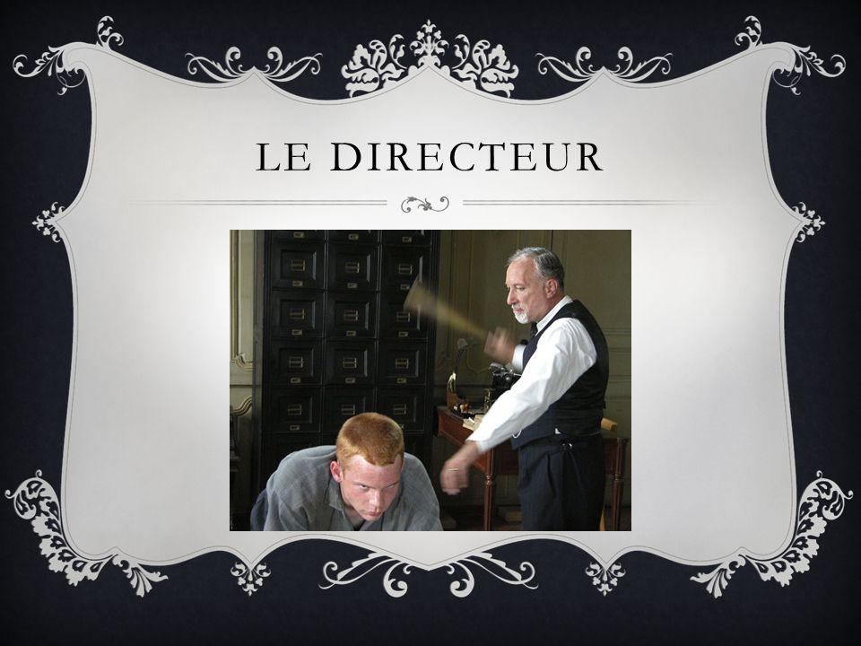 LE DIRECTEUR