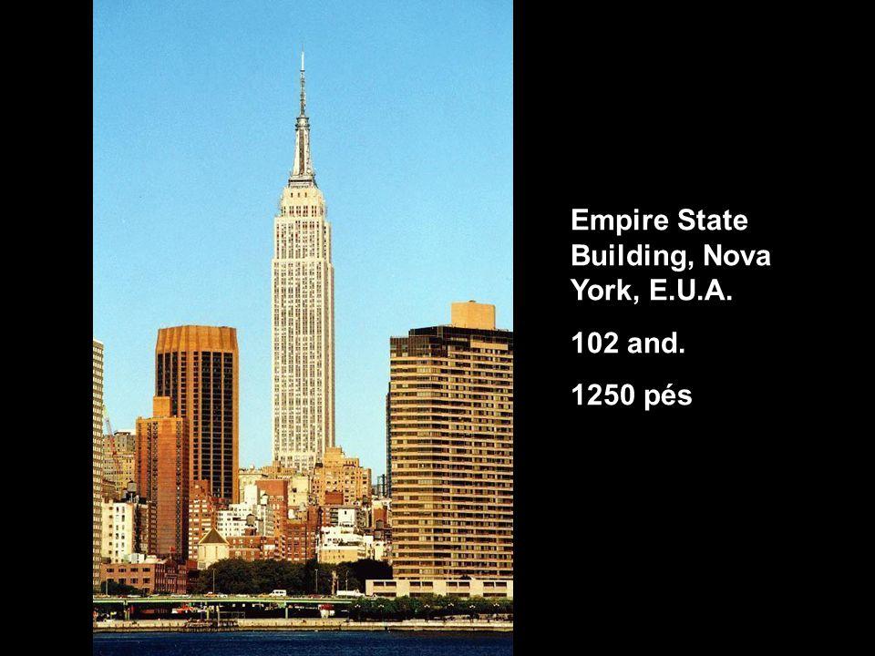 Empire State Building, Nova York, E.U.A. 102 and. 1250 pés