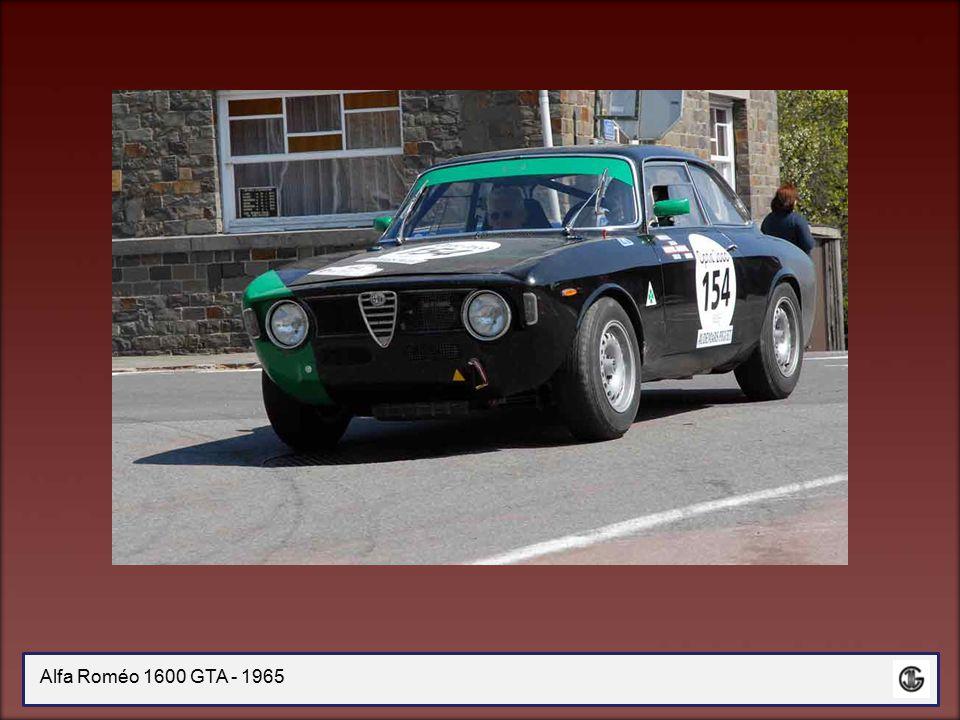 Alfa Roméo 1750 GT AM - 1971