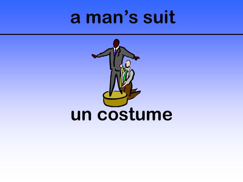 a man's suit un costume