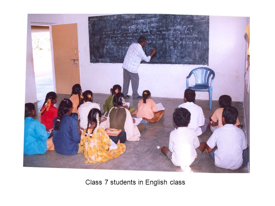 Class 7 students in English class