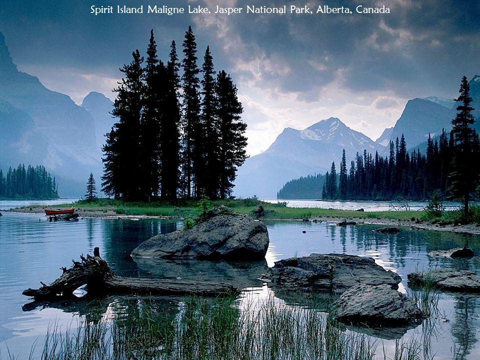 Spirit Island Maligne Lake, Jasper National Park, Alberta, Canada