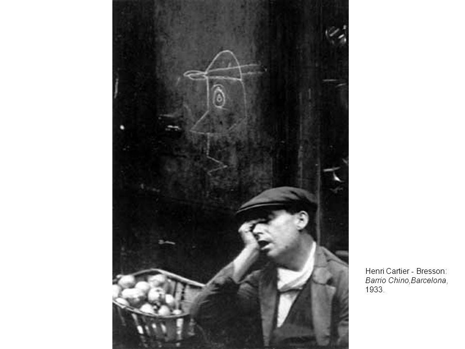 Henri Cartier - Bresson: Barrio Chino,Barcelona, 1933.
