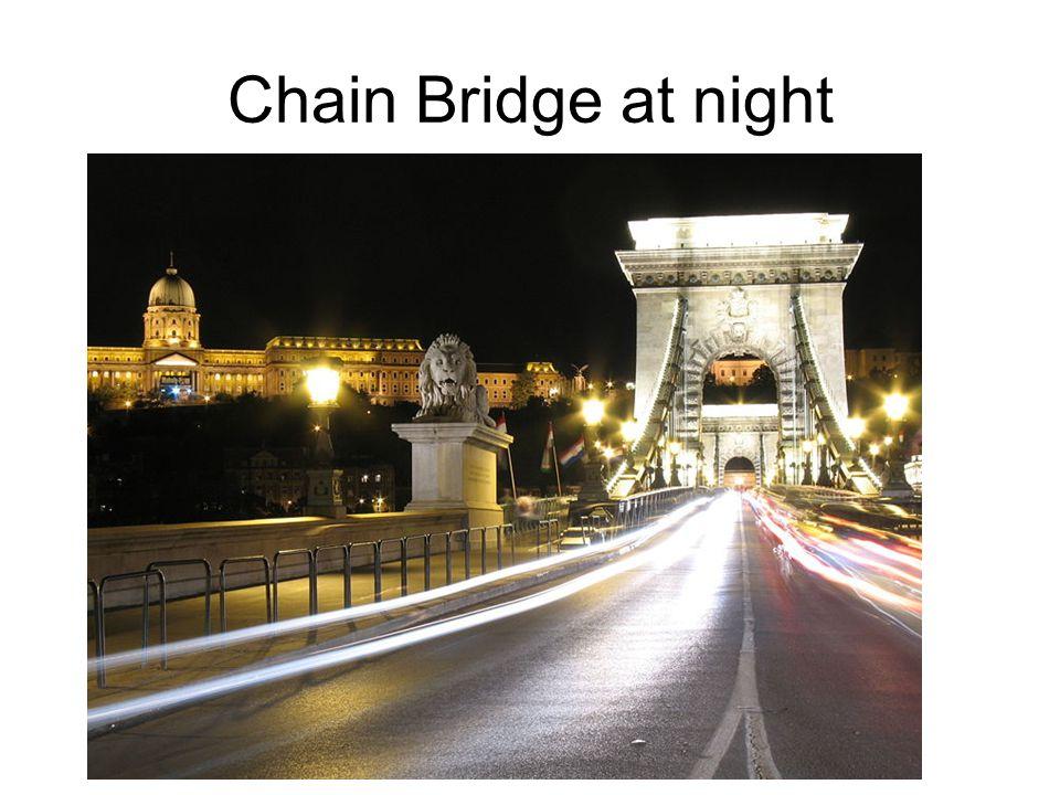 Chain Bridge, the oldest bridge of Budapest
