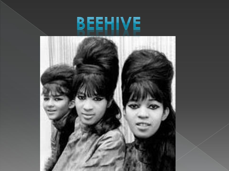  Worn in 1950's  Short hair with shorter bangs (fringe)  Looked like what pixies were drawn to have as a hairstyle  Popularized again in 1960's 