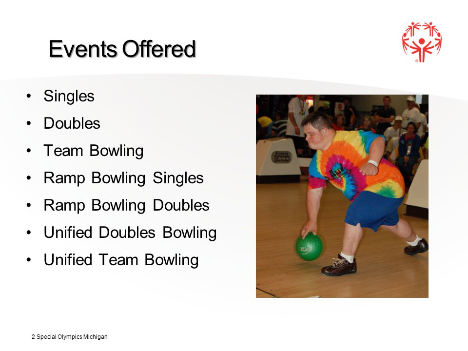 Bowling Uniforms All bowling team members should wear shirts and shorts/pants that are identical in color and style.