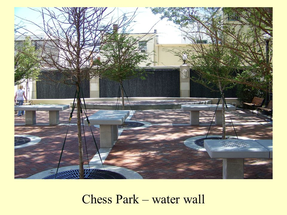 Chess Park – water wall