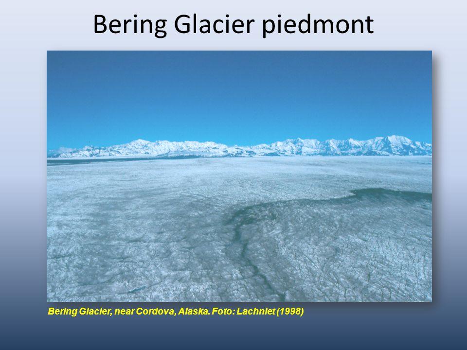 Bering Glacier piedmont Bering Glacier, near Cordova, Alaska. Foto: Lachniet (1998)