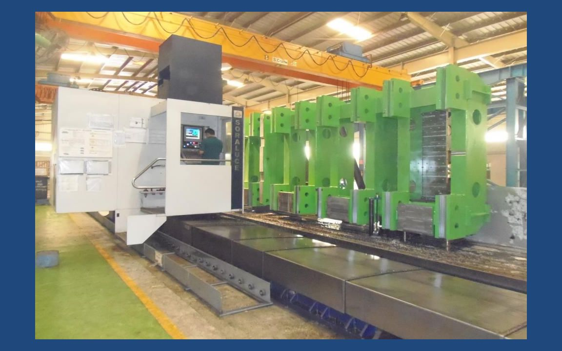 All Geared Lathe Machine with DRO Swing over Bed – 900 mm Diameter Maximum Job Length that can be admitted between centers – 5000 mm