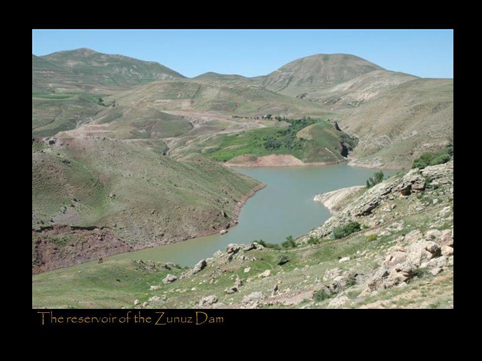 The reservoir of the Zunuz Dam