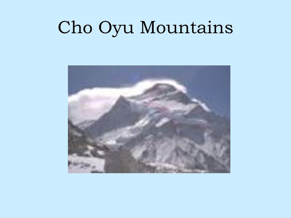 Cho Oyu Mountains