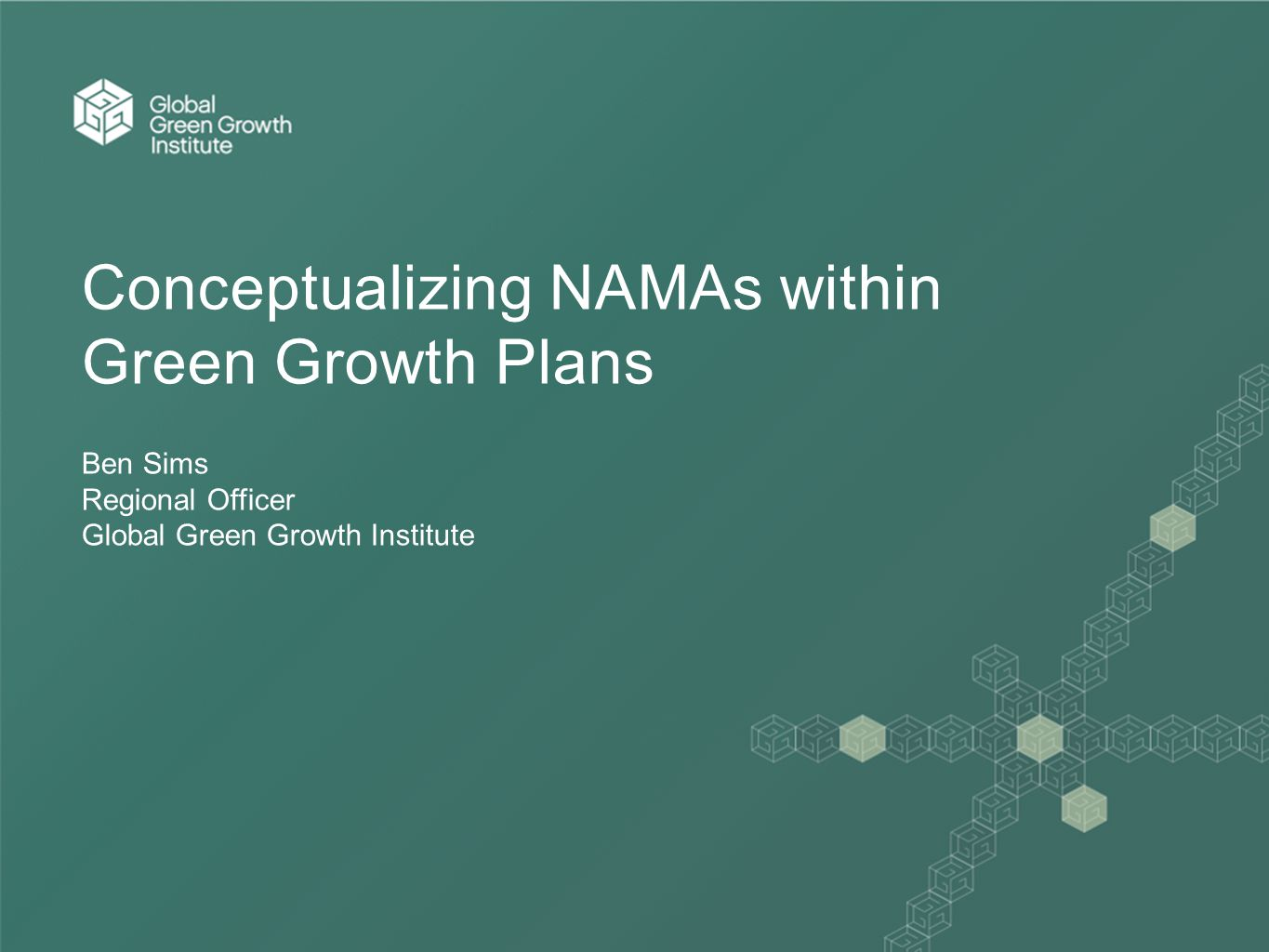 CONTENTS 1.Introduction 2.Approach and mission 3.Workstreams 4.Snapshot of GGGI approach 5.Portfolio summary 6.GGGI's focus in East Asia and the Pacific 7.Green growth planning and NAMAs 8.Future role of GGGI in NAMA programmes 9.Case study one: Indonesia 10.