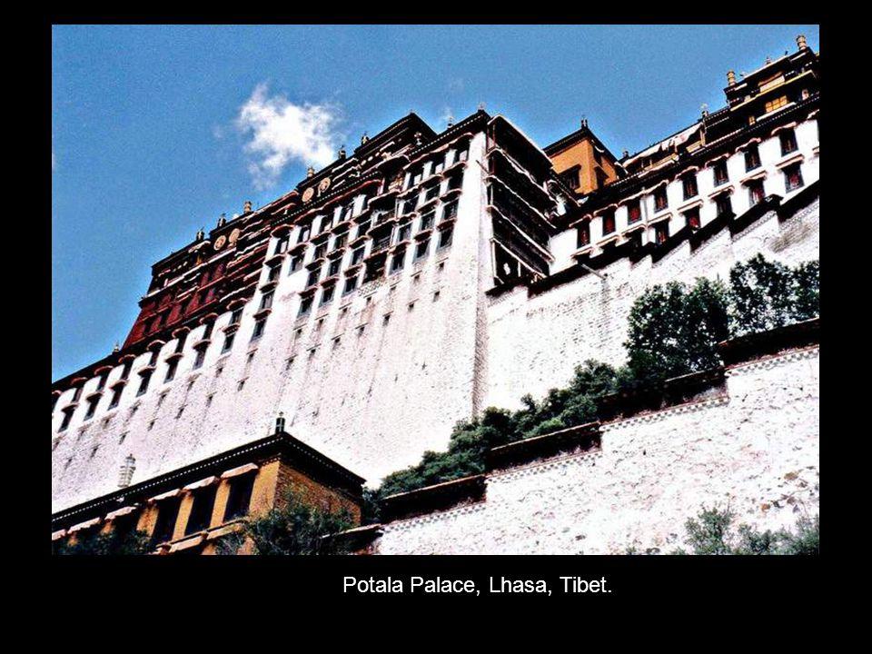 Potala Palace, Lhasa, Tibet.