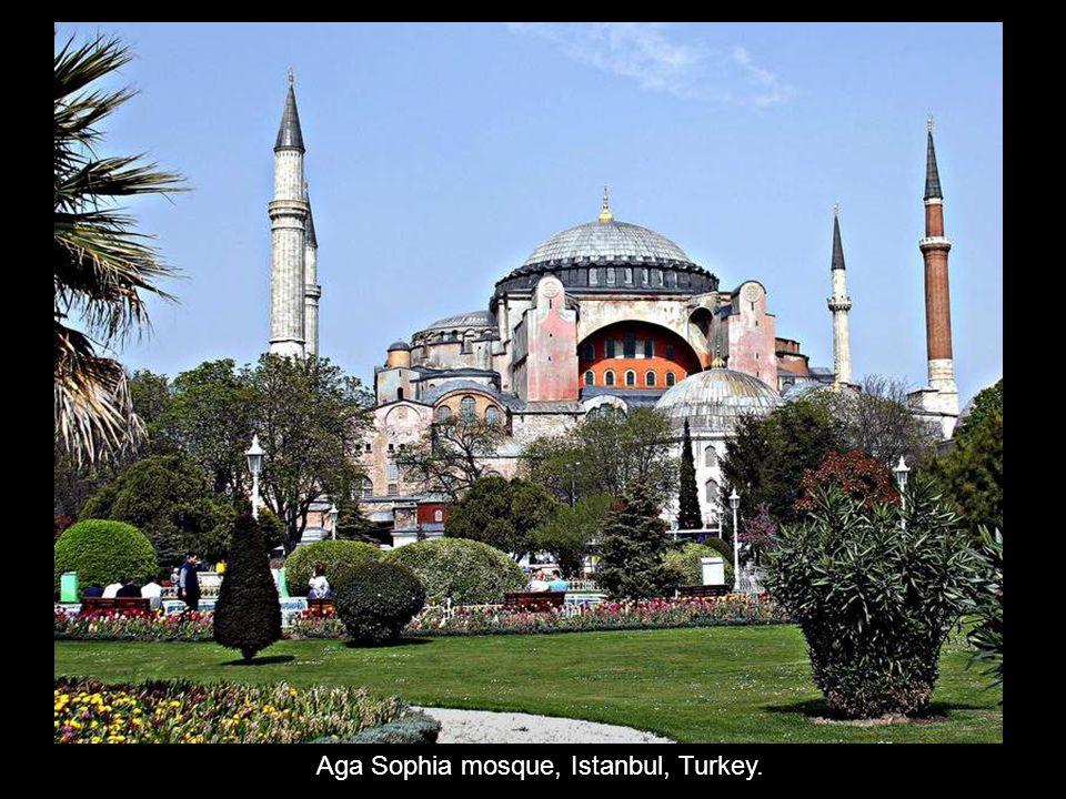 Aga Sophia mosque, Istanbul, Turkey.