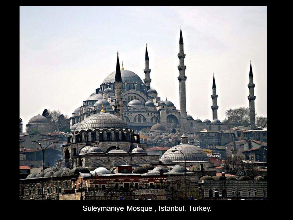 Suleymaniye Mosque, Istanbul, Turkey.