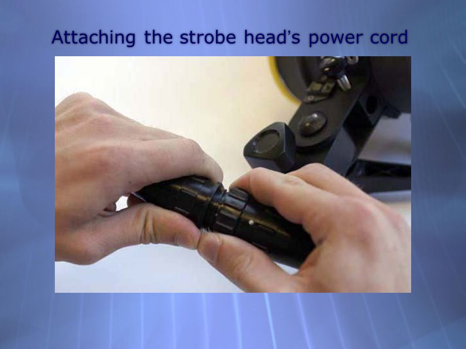 Attaching the strobe head's power cord