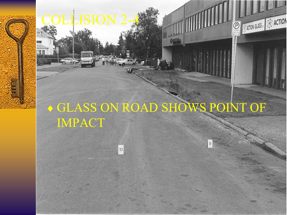 33 COLLISION 2-4  GLASS ON ROAD SHOWS POINT OF IMPACT