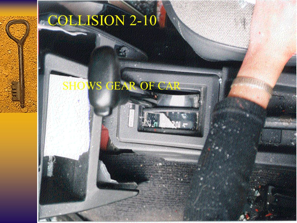 39 COLLISION 2-10 SHOWS GEAR OF CAR