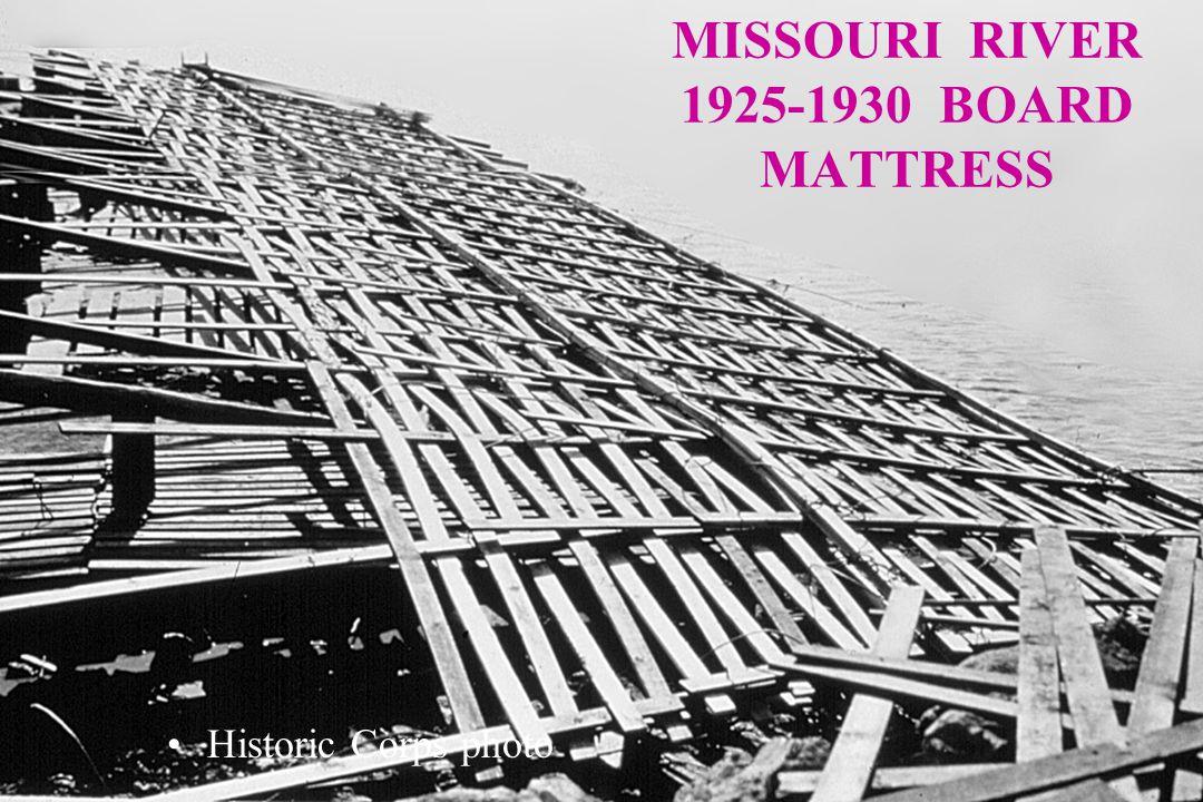 MISSOURI RIVER 1925-1930 BOARD MATTRESS Historic Corps photo