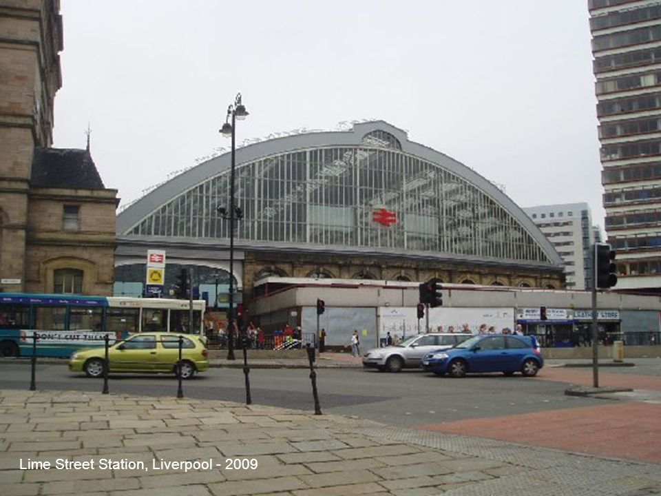 Lime Street Station, Liverpool - 2009