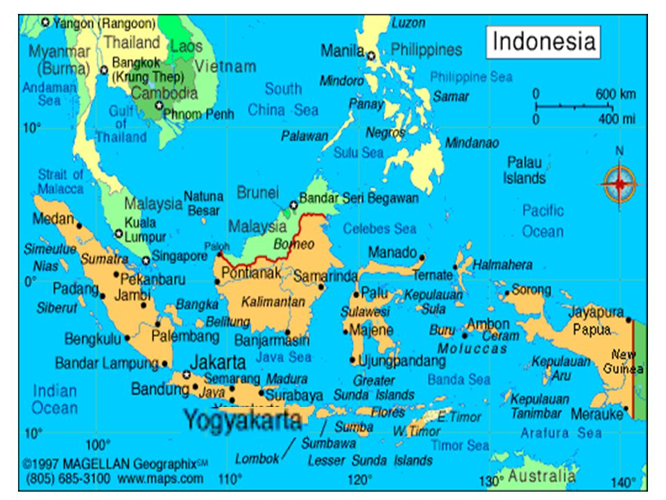 NoKomponenIIIIIIIVVVI Group A 1Religion and attitudes 444444 2Civics 566444 3Indonesian Language 8810777 4Mathematics 566666 5Natural Science 333 6Social Science 333 Group B 7Art, culture & Skill (include in local curriculum*) 444555 8Sports (include in local curriculum*).444444 Jumlah30323436 PRIMARY SCHOOL CURRICULUM STRUCTURE Notes: 1.Local Curriculum may include local language 2.Natural and Social Science grade I to III is integrated in other subjects