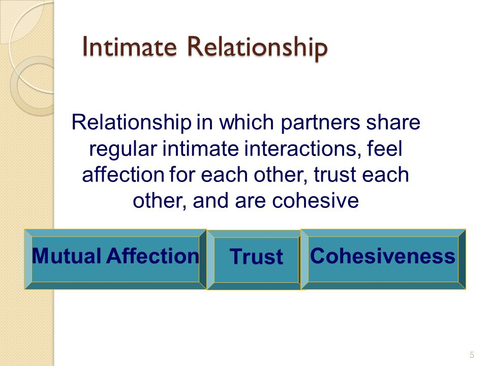 Types of Long-Term Committed Relationships Traditional – Traditional – share a traditional ideology but maintain some independence, engage in conflict Independent – Independent – share an ideology that embraces change and uncertainty, but are interdependent and engage in conflict Separate – Separate – share traditional ideology, but are independent and avoid conflict 16