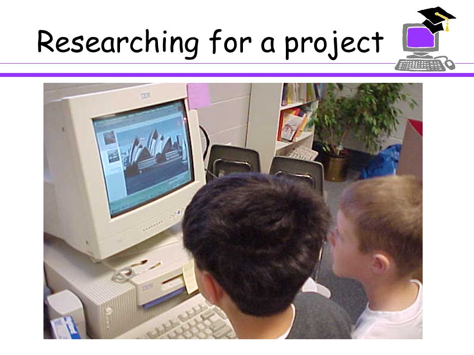 A Cooperative Learning Tool:  Small groups of students  Group stories and projects  Rotate turns on the computer  Brainstorming activities  Organization and planning tool  Writing instrument  Research tool