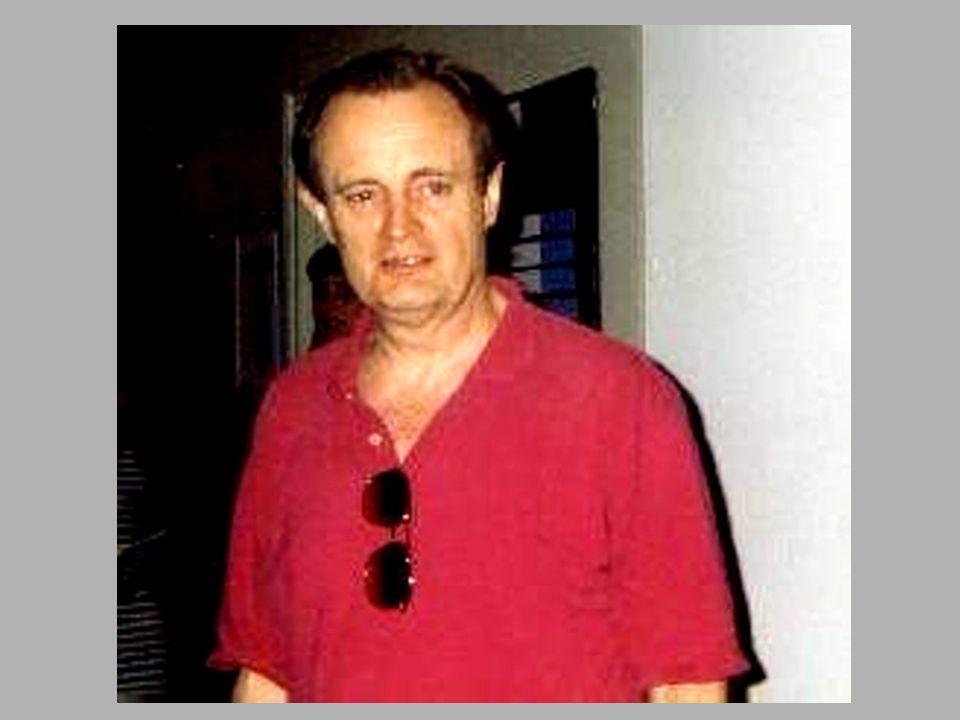 Robert Vaughn ( Napoleon Solo )