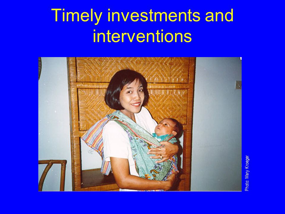 Families and health workers Early recognition of danger signs Families Knowledge of where to seek care Health workers Prompt and appropriate illness management To avert deaths from neonatal infection: