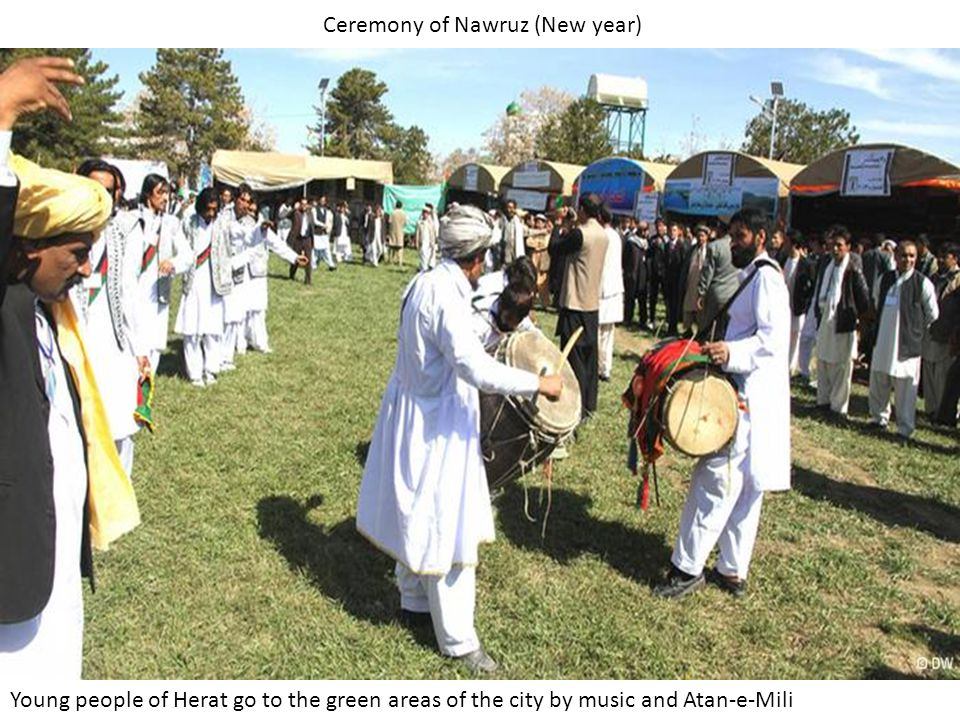 Ceremony of Nawruz (New year) Young people of Herat go to the green areas of the city by music and Atan-e-Mili