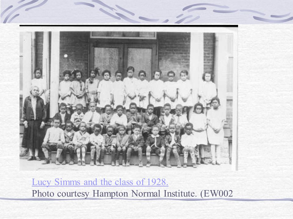 Lucy Simms and the class of 1928. Photo courtesy Hampton Normal Institute. (EW002