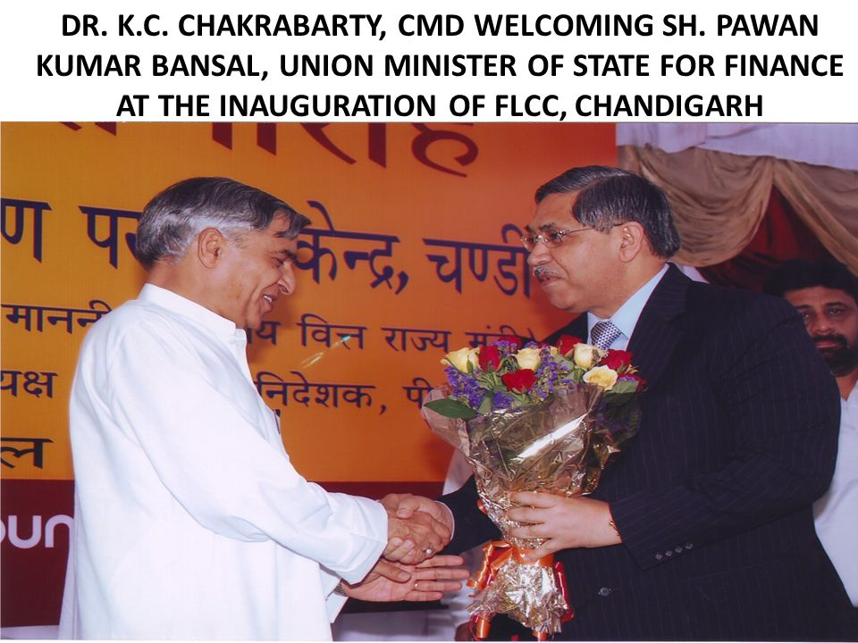 DR. K.C. CHAKRABARTY, CMD WELCOMING SH.