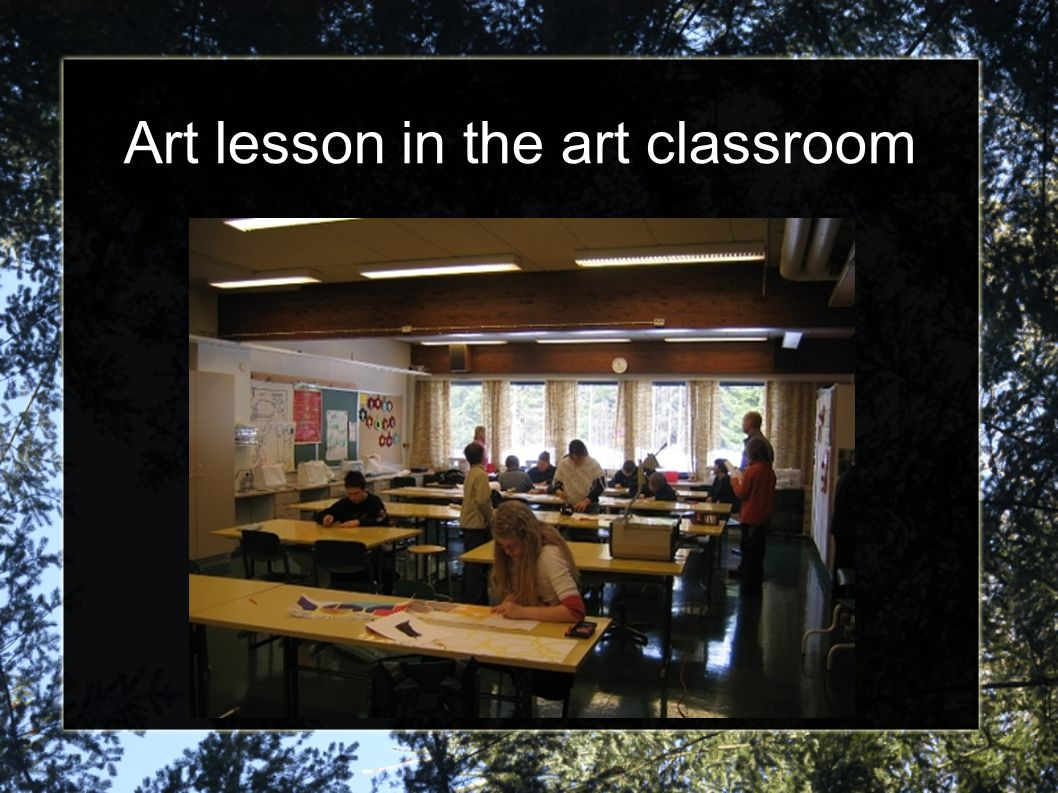 Art lesson in the art classroom