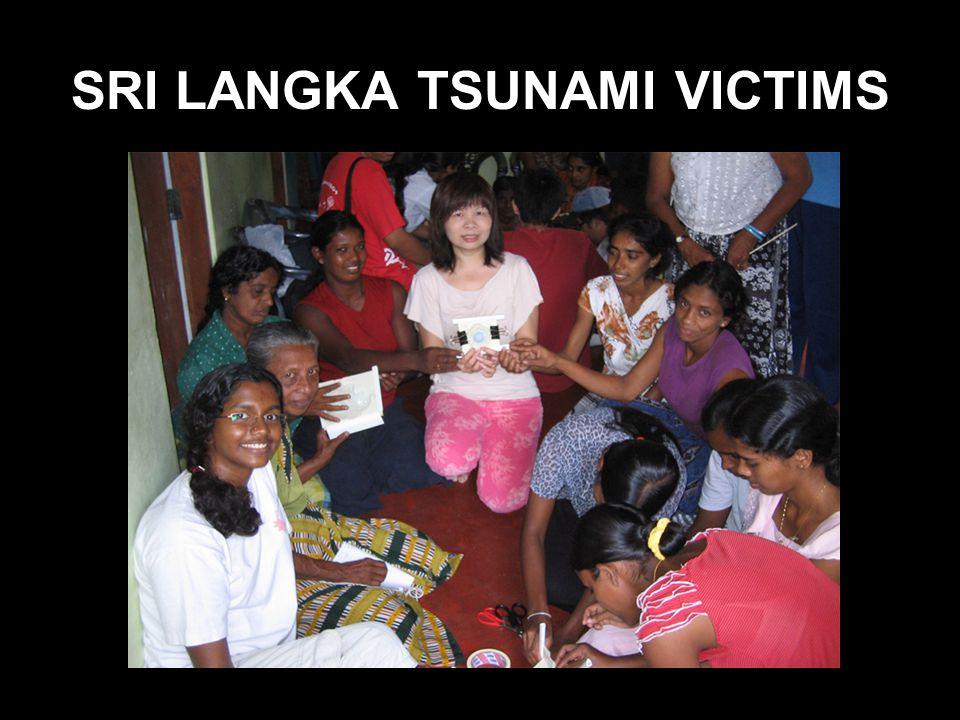 SRI LANGKA TSUNAMI VICTIMS
