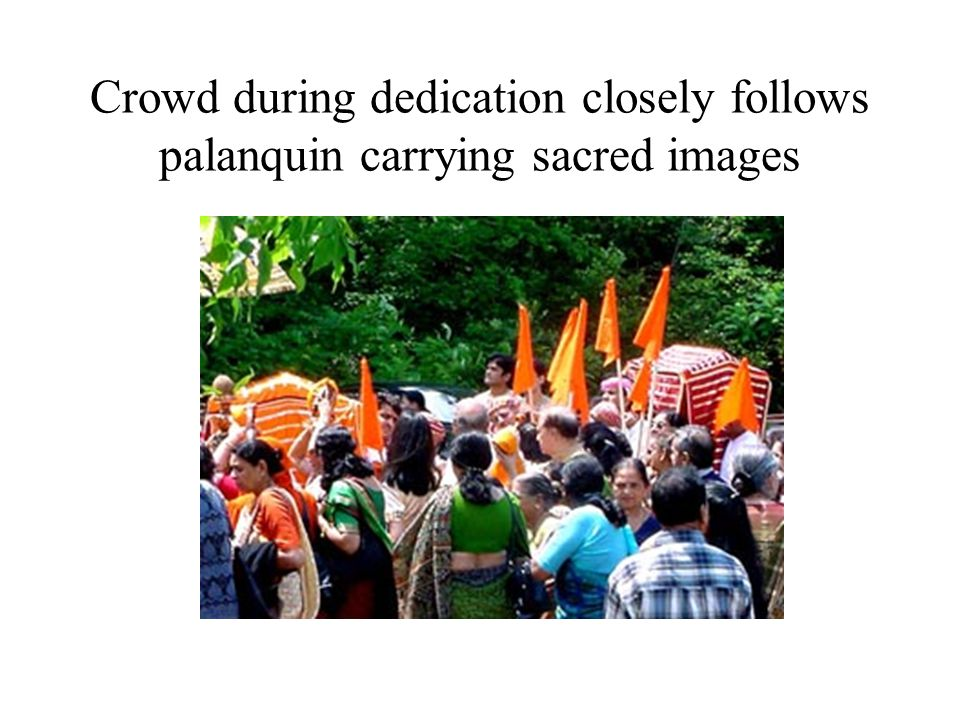 Vallabhacharya, the founder, beckons pilgrims to enter 84 baithak area, which represents pilgrimage route in India