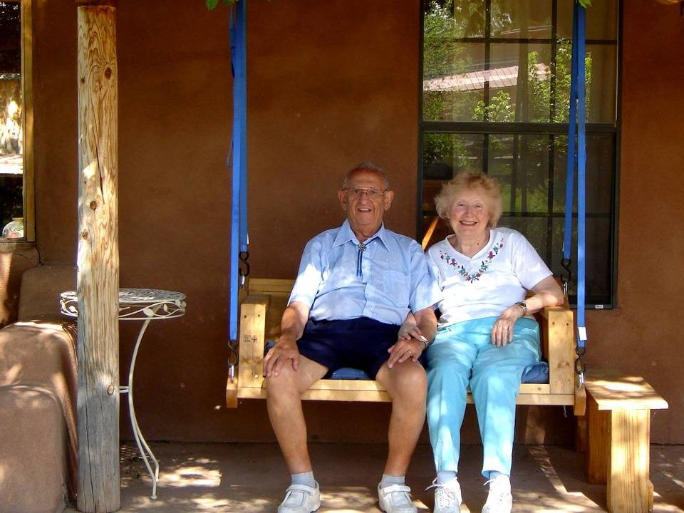 Albuquerque receives a lot of visitors and has many facilities to accommodate them. We rented a cottage and were very happy with our selection.