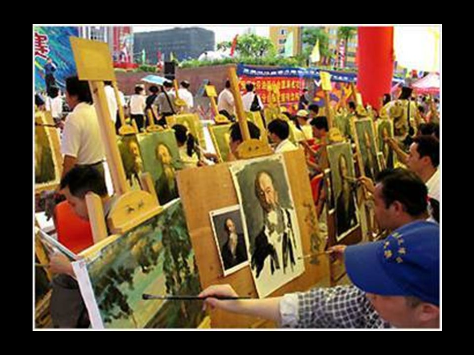 Huang has made  about 12 pictures a day for over 20 years, the for a total of more than 100,000 paintings, the painter may well be more than history.