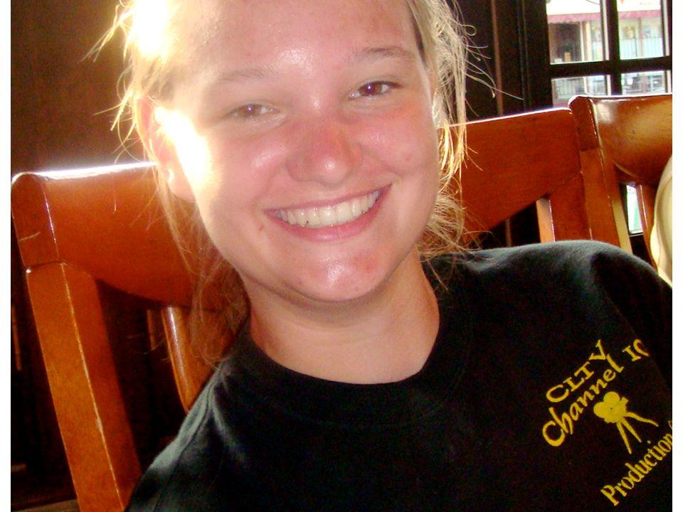 Jessica Schmidt Undergraduate summer intern Tsunami Simulation with GPU Programming