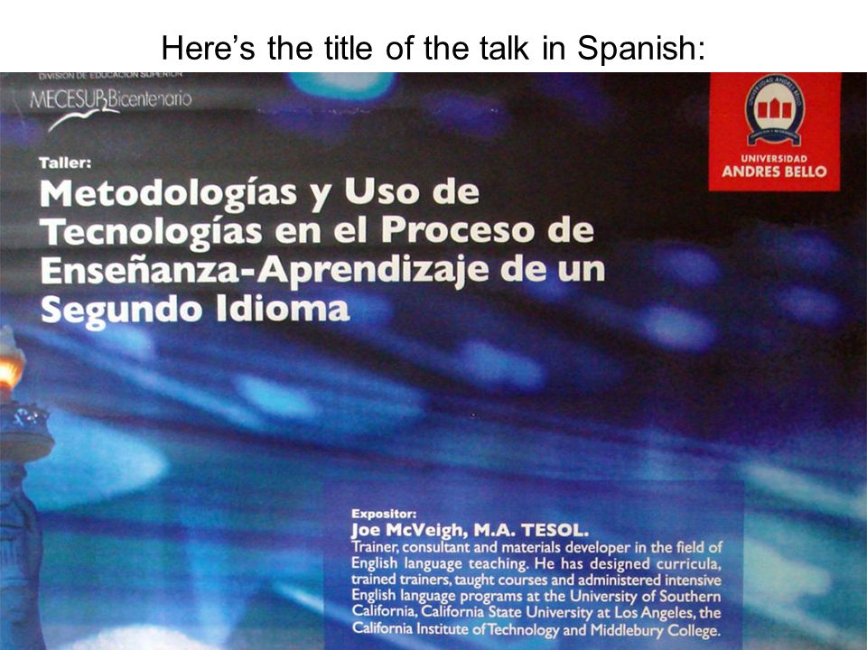 Here's the title of the talk in Spanish: