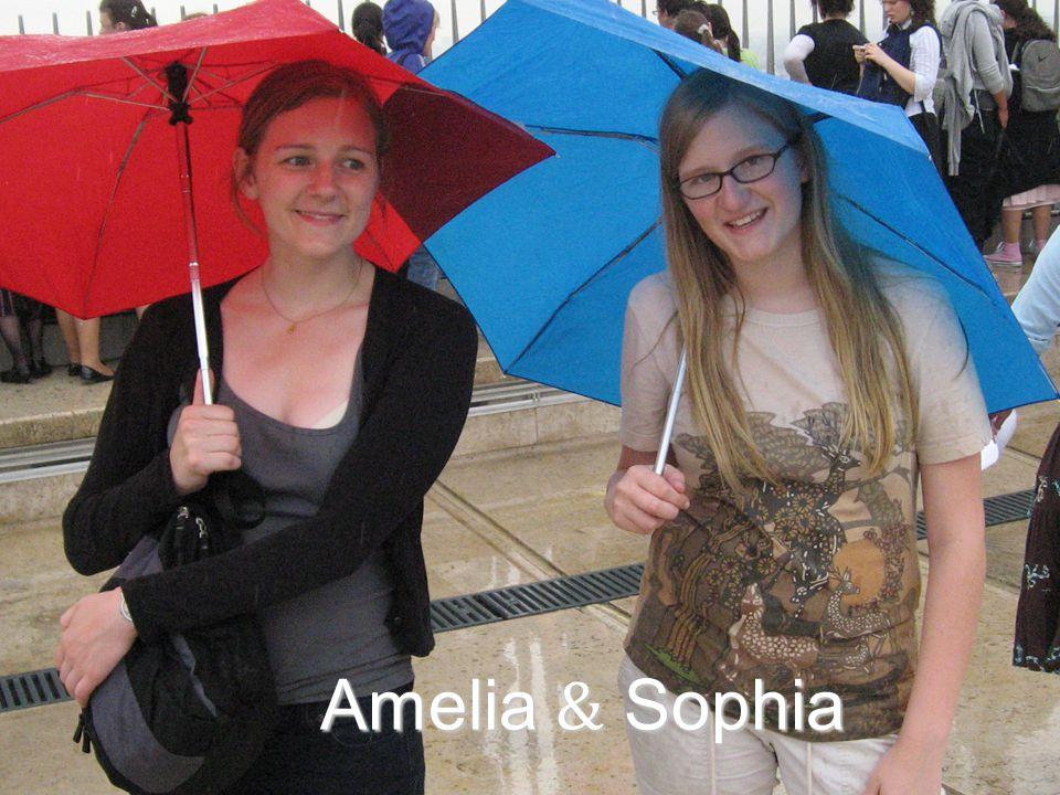 Amelia & Sophia