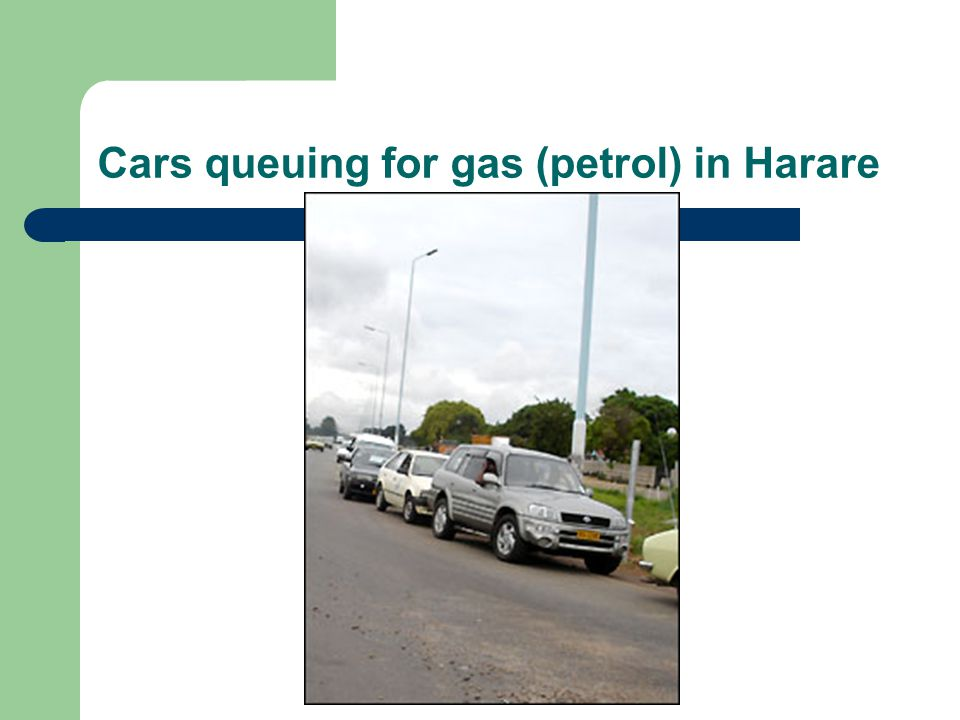 Cars queuing for gas (petrol) in Harare