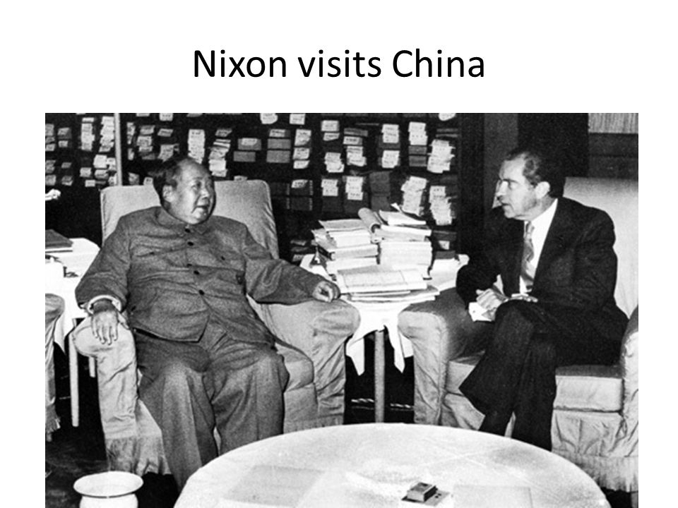 Nixon New Ideas on Communism Nixon focuses on Détente (lessening cold war tension) Instead of containing communism, both sides agree to reduce tension After Nixon visit with China, Nixon goes to the Soviet Union Soviets and the US agree on SALT (Strategic Arms Limitation) Limited amount of ballistic missiles each country could have
